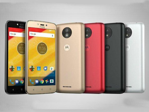 Смартфоны Moto C и Moto C Plus